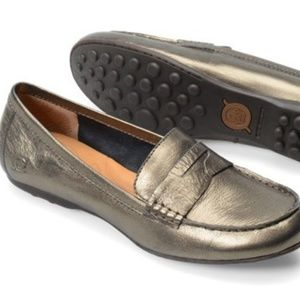 BORN Dinah Penny Loafer in Metallic Pewter